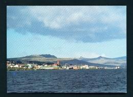 FALKLAND ISLANDS  -  Port Stanley From The Sea  Unused Postcard - Islas Malvinas