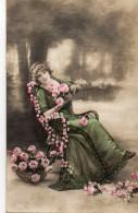 N° 67 : FANTAISIE FEMME : Roses - Femmes