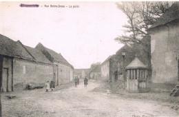 Hallencourt Rue Notre Dame Le Puits Carte En Bon état - Frankreich
