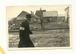 Jude Mit Armbinde - Privatfoto Um 1940 - Ort Unbekannt - Ca. 7x10cm - Guerre 1939-45