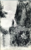Le Hohneck (88) - La Schulcht Dans Le Sentier Du Frankental - Autres Communes