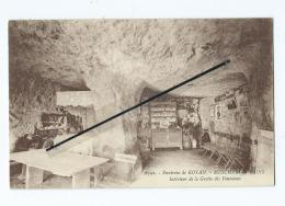CPA - Environs De Royan  - Meschers Les Bains  - Interieur De La Grotte Des Fontaines