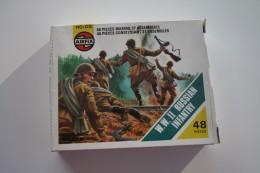 Airfix WW2 Russian Infantry, Scale HO/OO, Vintage - Figurines