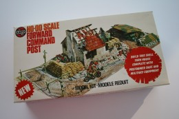 Vintage MODEL KIT : Airfix Forward Command Post + Extra's, Scale HO/OO, Vintage - Figurines