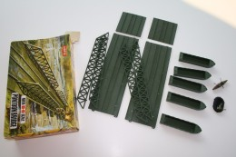 Airfix Pontoon Bridge + Extra´s, Scale HO/OO, Vintage - Figurines