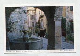 """FRANCE - AK 266817 """"Brunnen Der Masken"""" In Seguret In Der Provence - France"""