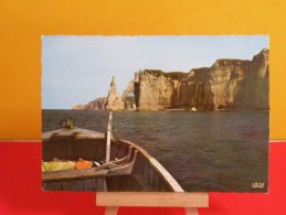France > [76] Seine Maritime> Etretat, Les Falaises - Non Circulé, Un Clic Sur La Photo - Etretat