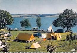12 - PARELOUP : Le Lac - Camping Du Yachting ( Bon Plan Tentes Et Caravanes En 2ème Plan) CPSM Dentelée GF - Aveyron - France