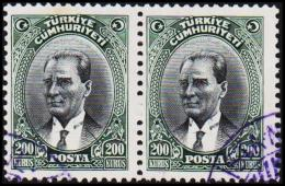 1930. MUSTAFA KEMAL PASCHA. 200 KURSUS. 2 EX.  (Michel: 911) - JF193803 - 1921-... République