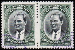 1930. MUSTAFA KEMAL PASCHA. 200 KURSUS. 2 EX.  (Michel: 911) - JF193781 - 1921-... République