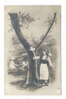 """LETTRE  DE  L´ ALPHABET  :  Lettre  """" Y """" /  FEMME  1900 + FILLETTE + CHIEN + TOURTERELLES  /  CPA  PRECURSEUR - Fantaisies"""