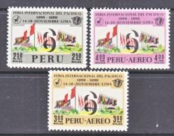 PERU  521, C 251-2  **    FLAGS  EXPO - Peru