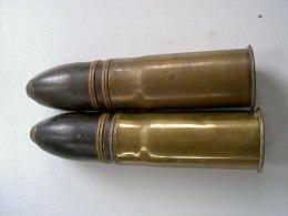 Paire Demilitarisés Bien Sur D'obus De 37 Serre- Livres - Armes Neutralisées