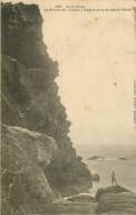Dép 56 - Ile De Groix - La Falaise De Pouldou à L'entrée De La Grotte De L'Enfer - état - Groix