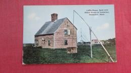 Coffin  House  Massachusetts> Nantucket  ==ref 2 - Nantucket