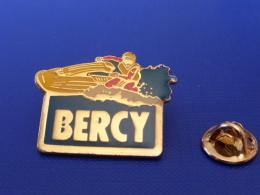 Pin's Jetski - Bercy - Course - Sport Nautique (PQ27) - Waterski