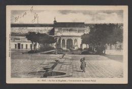 DF / MAROC / FEZ / AU DAR EL MAGZHEM / VUE INTÉRIEURE DU GRAND PALAIS / CIRCULÉE EN 1917 - Fez