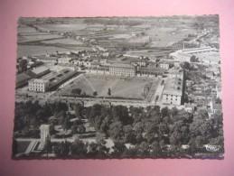 2555 MONTAUBAN Vue Aerienne Des Casernes Et Le Cours Foucault - Montauban