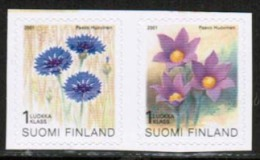 2001 Finland, Provincial Flowers Pair Mnh **. - Finland