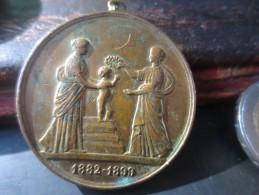 MEDAILLE 1899- CONCOURS HYGIENE DE L´ENFANCE  VOIR PHOTOS - Royaux / De Noblesse