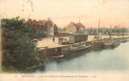 BETHUNE - Quai Du Canal Avec Embranchement Du Tramway, Péniches. - Arken