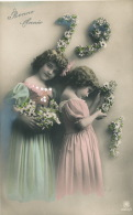"""ENFANTS - LITTLE GIRL - MAEDCHEN - Jolie Carte Fantaisie Portrait Fillettes De """"Bonne Année 1911"""" - Portraits"""
