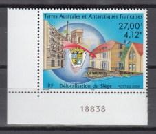 TAAF FSAT 2000,1V,cornerpiece,building,gebouw,gebäude,bâtiment,edificio,,,MNH/Postfris(A2428) - Monumenten