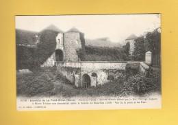 * CPA..dépt 02..PASSY En VALOIS  :  Ancien Château - Vue De La Porte Et Du Pont  :  Voir Les 2 Scans - France