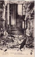 Reims Intérieur De La Cathédrale Après Le Bombardement - Reims