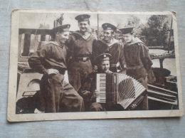 Russia -Hungarian Propaganda Postcard - Stalin -Marine  Sailor Russian Soldiers -Music Accoderon   D137954 - Russie