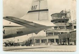 Aéroport De Paris-Le-Bourget - Super D.C.6 De L'U.A.T. (format CPM 15 * 10,5 Cm) - Aerodrome