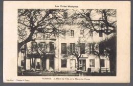 NOMENY . L'Hôtel De Ville Et La Place Des Ormes . - Nomeny