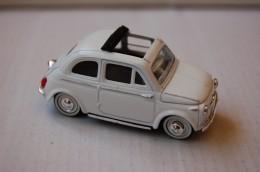 31-120. Coche Fiat 500 - Solido