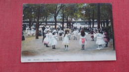 Vichy Bal D'Enfants----- Ref  2172 - Vichy