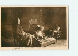 TYPES CORSES - Intérieur De Maison : Grand-mère, Enfant Et Fucione Animé - TBE - 2 Scans - Non Classés