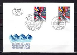 """SUISSE / AUTRICHE 1992 : Enveloppe 1er Jour """" PROTEGEZ LES ALPES / DRAPEAUX """". Parfait état FDC - Emissions Communes"""