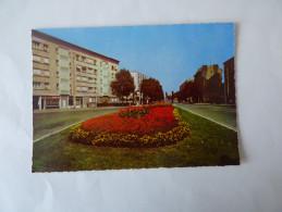 Place De La Résistance - Bourg La Reine