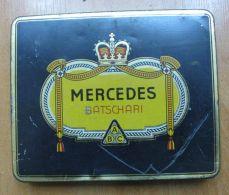 AC - MERCEDES BATSCHARI #1   50 CIGARETTES EMPTY TIN BOX - Boites à Tabac Vides