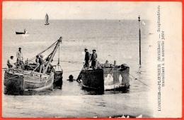 CPA 56 LOMENER-en-PLOEMEUR Morbihan - Scaphandriers Travaillant à La Nouvelle Jetée ** Plongée Plongeur Scaphandrier - France