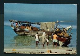 BAHRAIN  -  Fishing Dhows  Unused Postcard - Bahrain