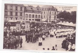 25740 Sainte Anne D´auray, (France 56) Une Procession. 55 Laurent-nel. Orchestre Fanfare, Trombonne Tuba