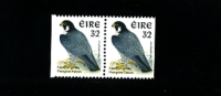 IRELAND/EIRE - 1997  PEREGRINE FALCON SMALLER SIZE  PAIR FROM BOOKLET  MINT NH - 1949-... Repubblica D'Irlanda