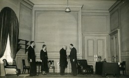 France Theatre De L'Odeon Louis Jouvet Piece Un Taciturne Ancienne Photo Lipnitzki 1931 - Famous People
