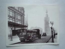 CAMION DE LIVRAISON ANNEES 1930 NOIR FABRIQUES FRANCAISES - Automobiles