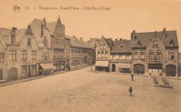 NIEUWPOORT / GROTE MARKT / GRAND PLACE / DELHAIZE  / MERCERIE / HOTEL BELLE VUE - Nieuwpoort