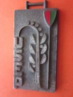 France Médaille Honorifique  USEP 13 Union Sportive Des Ecoles Primaires.ligue Française Enseignement Et éducation Perma - Athlétisme