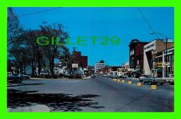 ST-LAMBERT, QUÉBEC - LA RUE VICTORIA - La Rive Sud De Montréal - ANIMÉE DE VIEILLE VOITURES - CIRCULÉE EN 1989 - UNIC - - Quebec