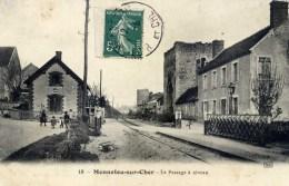 41  MENNETOU Sur CHER Le Passage à Niveau Animée - France