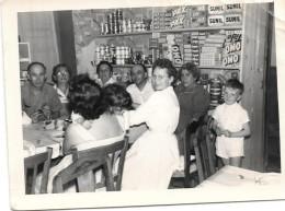@ N°2 INTERIEUR EPICERIE GROS PLAN DEBUT ANNEES 1960 LA RESERVE - Negozi