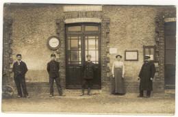 27 - SAUSSAY - ECOUIS - TOP CP PHOTO - La Gare Le Personnel Animé Bon Etat - Autres Communes